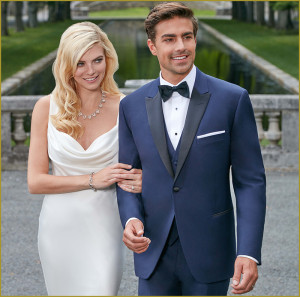 Bonaventure Tuxedo offers tuxedo packages for grooms and bridal parties.